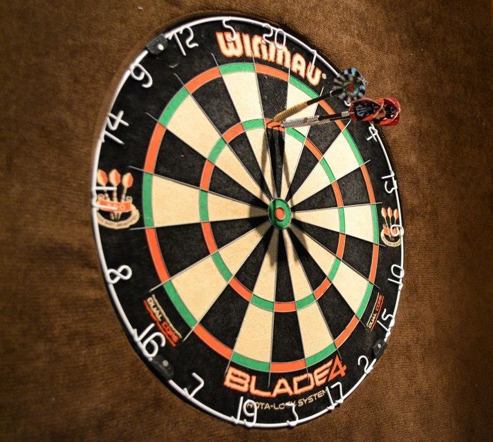 baki_darts.jpg